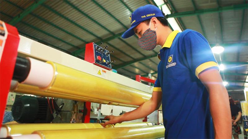 Công ty sản xuất băng dính Tân Hoàng Long